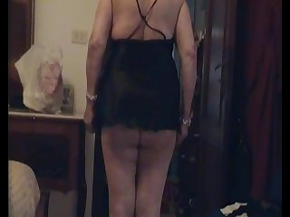 CUCKOLD SALERNO,con superdotato 23 centimetri e moglie maturadi cornuto chesi spoglia per farsi tappare tutti i buchi(per donne18  cell3294788368)