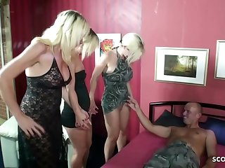 Jungfrau Tochter bekommt Nachhilfe in Sachen Sex von Mutter und Tante mit Nachbarn  German Taboo