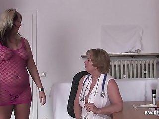 German doctor checks lesbian pussy before dildo treatment