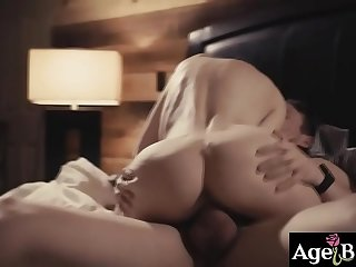 Justin Hunt moans as he bursts his big warm load on teacher Nina Hartley