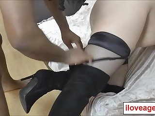Eve Jayne big fucking twat pounded from behind while moaning