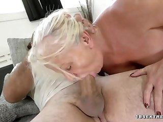 Old blonde slut in vigorous hardcore adventure