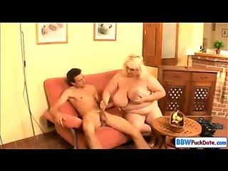 BBW June Kelly fucks a skinny guy