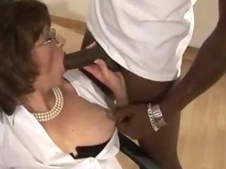 Hot Lady Sonia blowjob