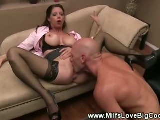 Patient plows his therapists pussy