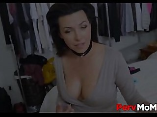 Sexy Step Mom Gets Pussy Licked And Lets Step Son Fuck Her
