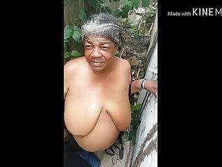 Trash granny get cumshot on busty titties